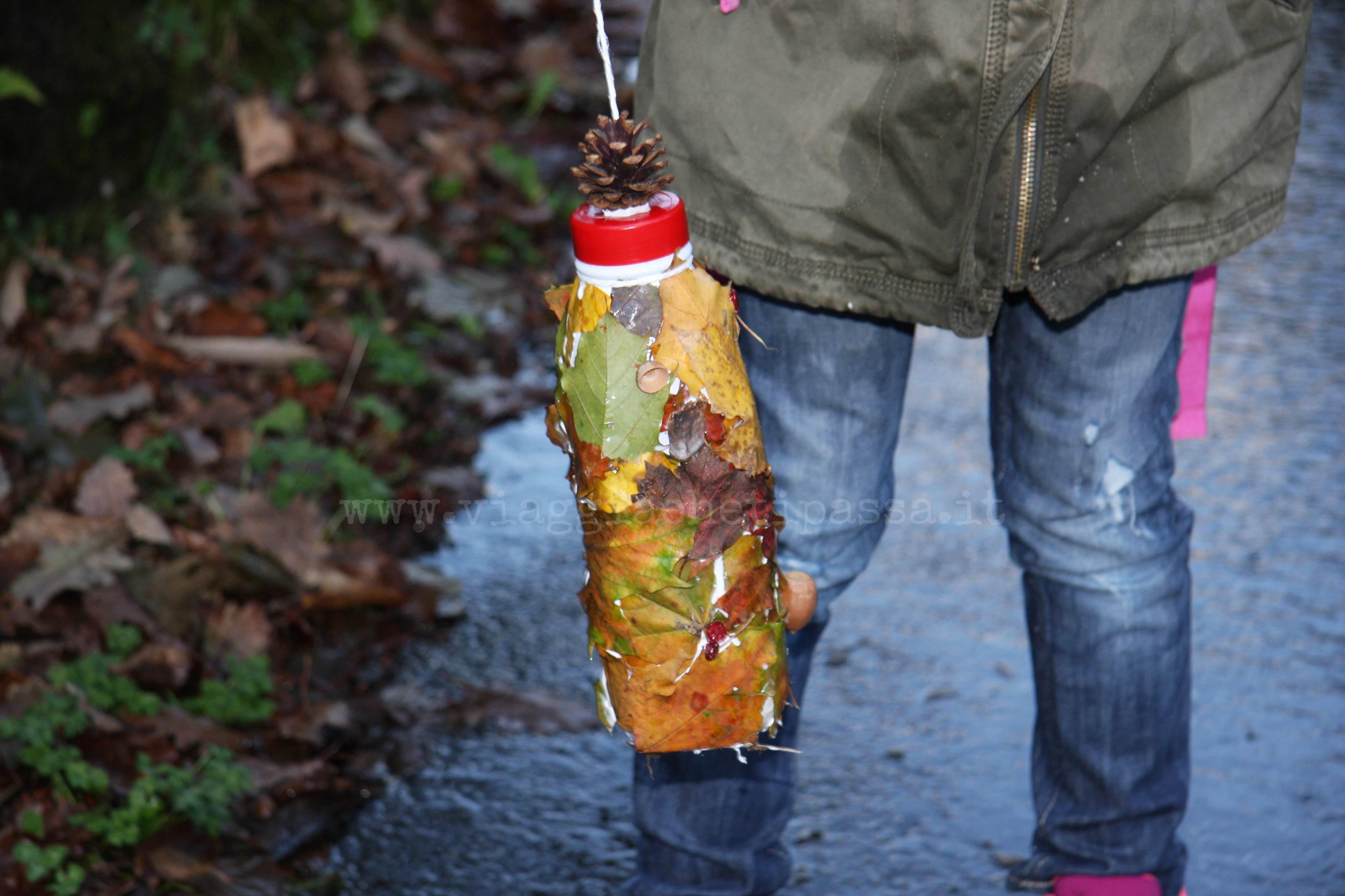 Giocare nella natura con i bambini costruire una mangiatoia - Casette per uccellini da costruire ...